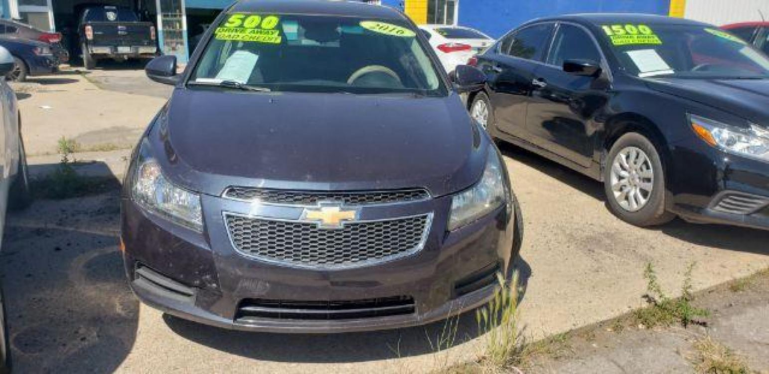 2016 BLUE /BLACK Chevrolet Cruze Limited 1LT Auto (1G1PE5SB2G7) with an 1.4L L4 DOHC 16V TUR engine, 6-Speed Automatic transmission, located at 3200 E Route 66 , Flagstaff, AZ, 86004, (928) 714-7963, 35.212830, -111.601318 - Photo #0